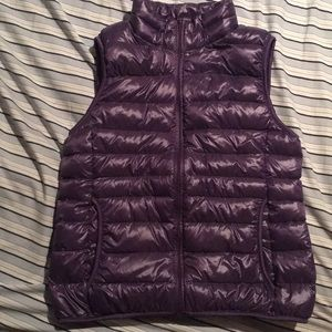 Uniqlo down puffer vest
